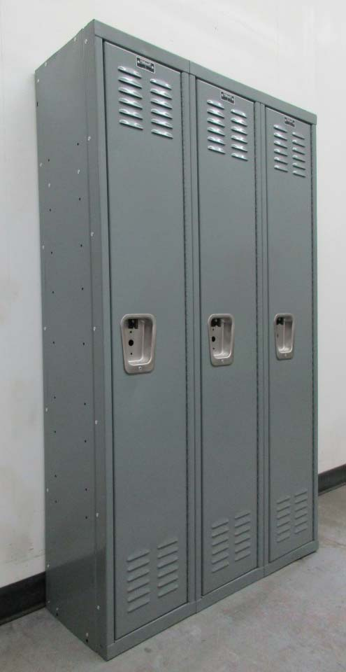 Single Tier Hallowell Lockers