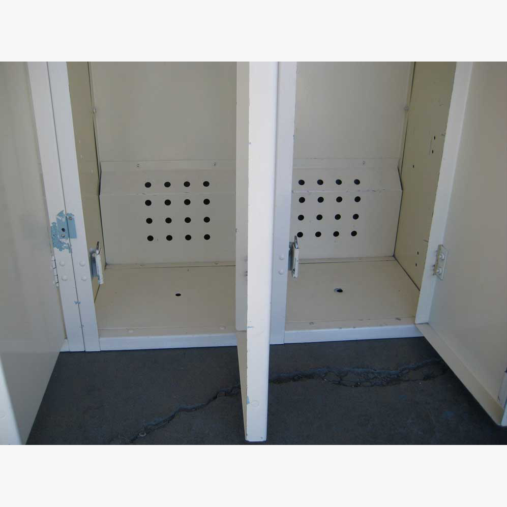 Used Military Lockersimage 3 image 3