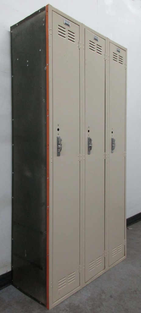 Full Door Lockers