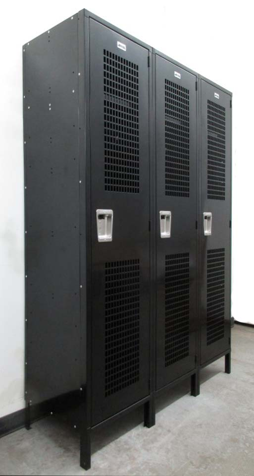 Black Single Tier Locker With Ventilated Doors
