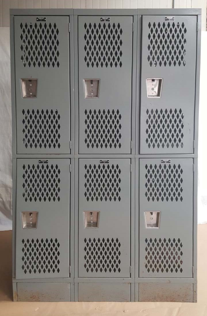 Heavy Duty 2-Tier Ventilated Gym Lockers