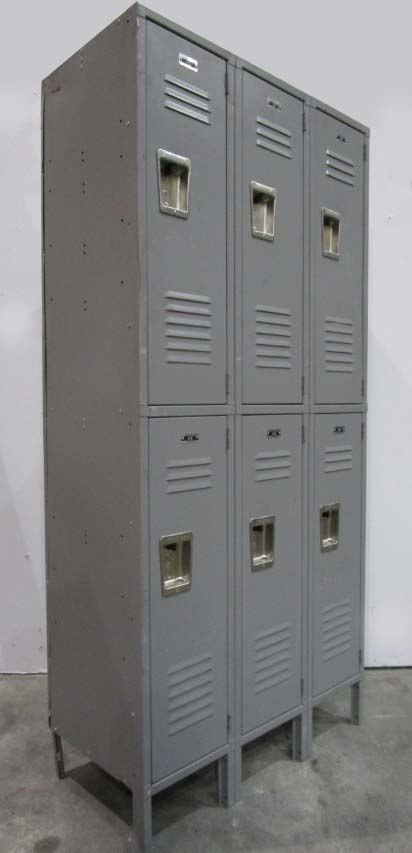 Refurbished metal lockers