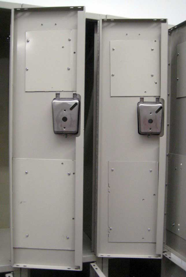 Tan Double Tiered Used Lockersimage 4 image 4