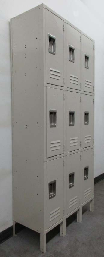 Gently Used Lockers