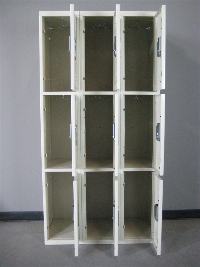 Standard Duty Three Tier Lockersimage 3 image 3