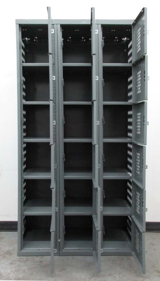 Heavy Duty All-Welded Box Lockersimage 3 image 3