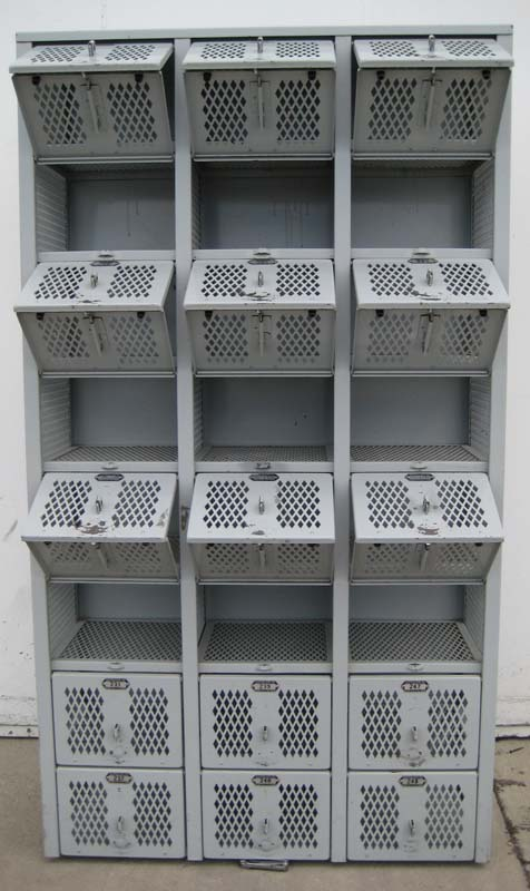 8-Tier Welded Lockersimage 3 image 3