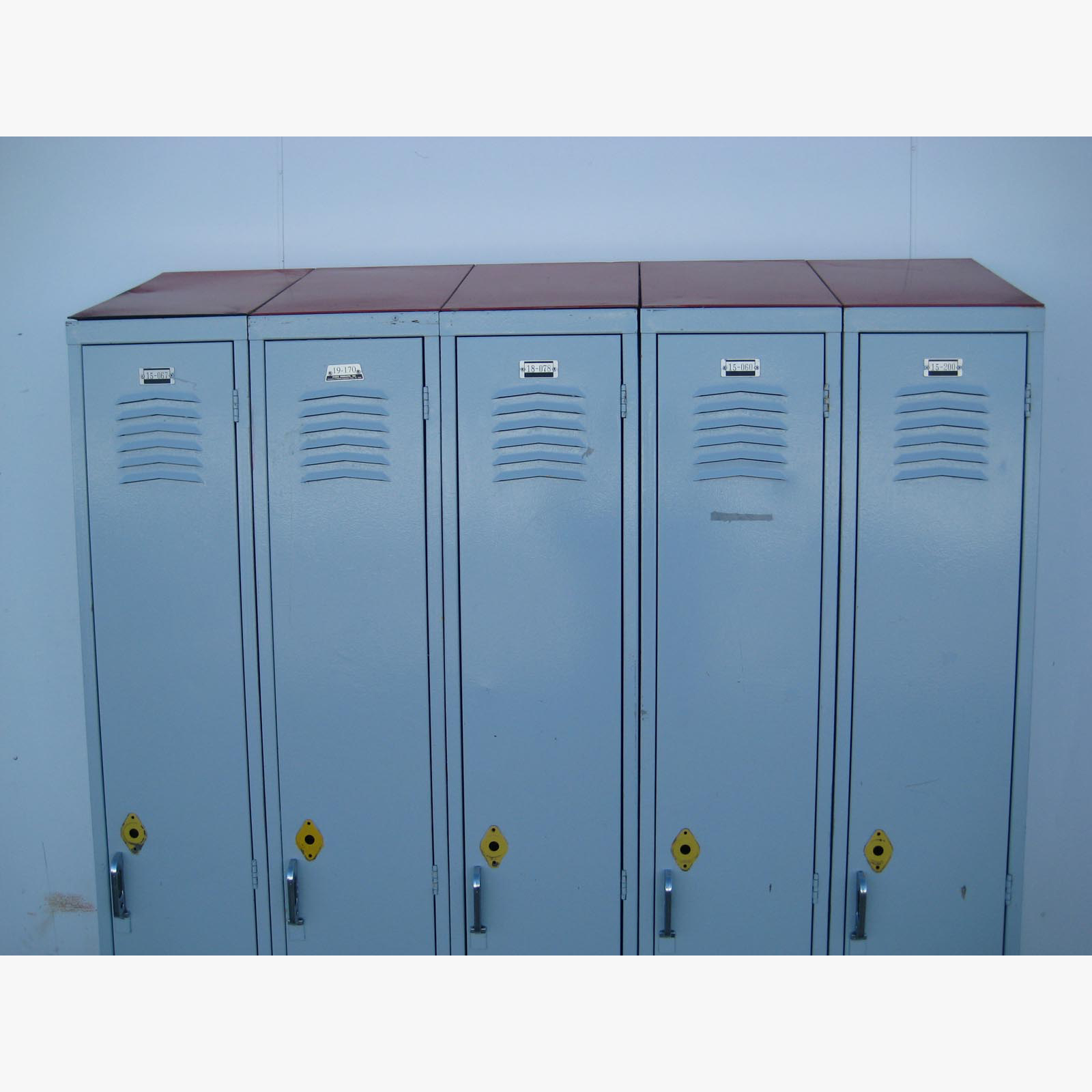 Used Lockers with Sloped Topsimage 3 image 3