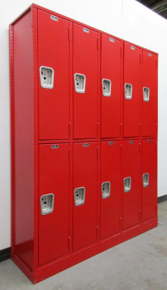 Double Lockers