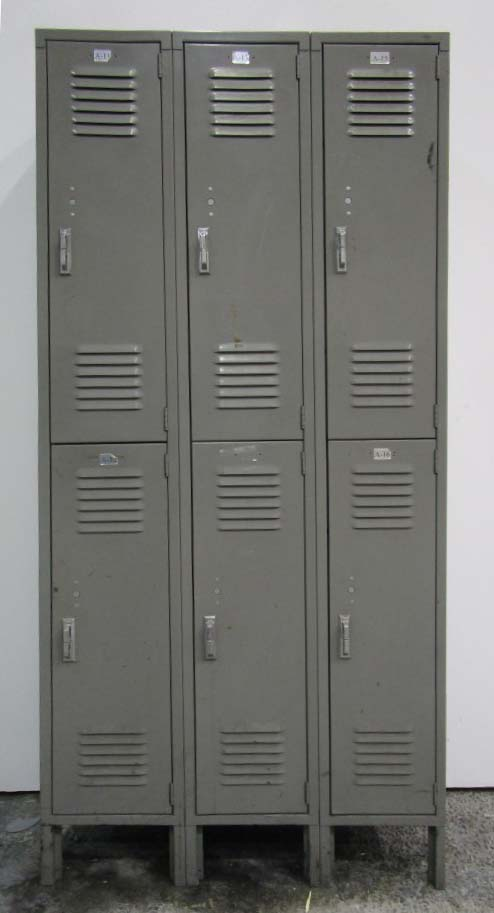 Lyon Metal Double Tier Lockers