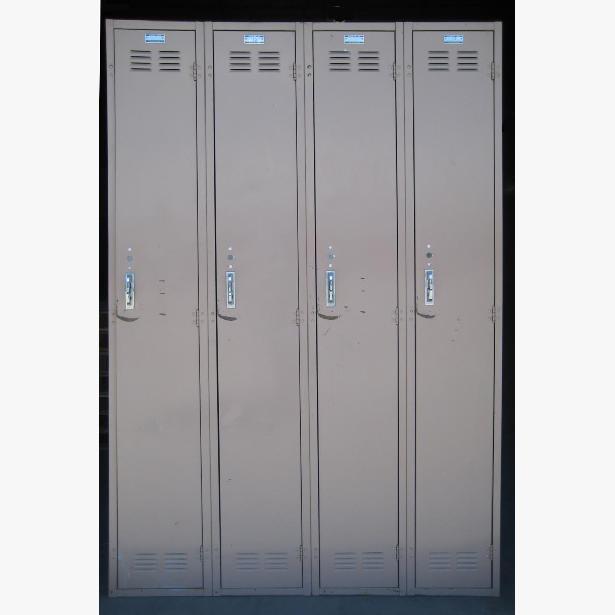 Single Tier Metal Storage Lockersimage 2 image 2