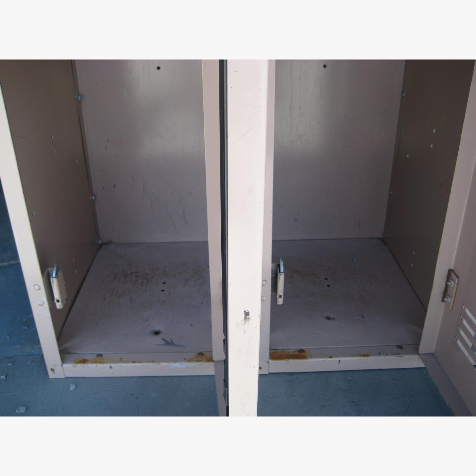 Single Tier Metal Storage Lockersimage 4 image 4