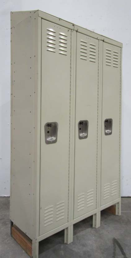 Used Steel Lockersimage 1