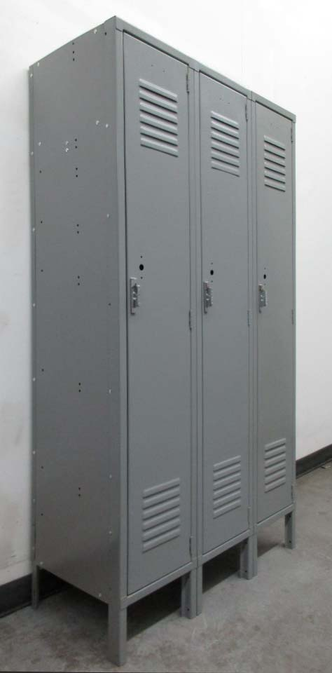 Metal Storage Lockerimage 1