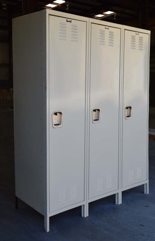 Single Tier Industrial Metal Storage Lockersimage 1