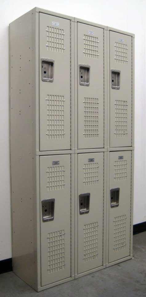 Tan Double Tiered Used Lockersimage 1